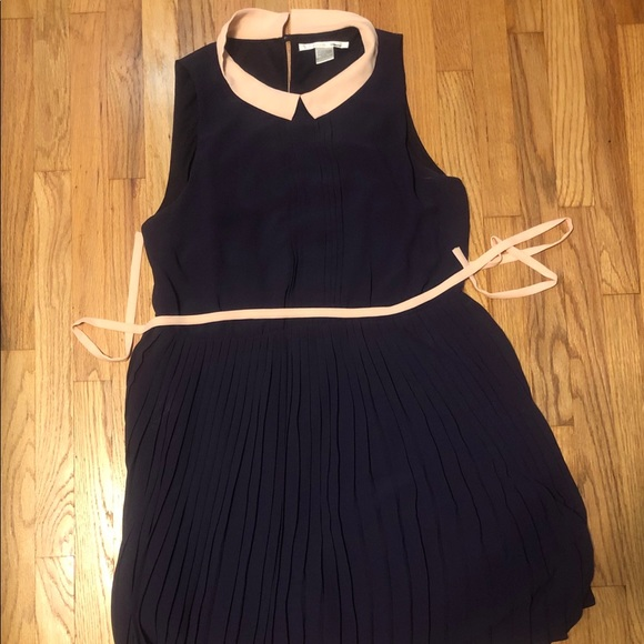 Modcloth Dresses & Skirts - ModCloth dress Peter Pan collar  L large